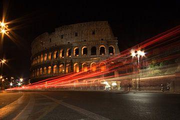 Colloseum Rome bij nacht van Peter van der Knoop