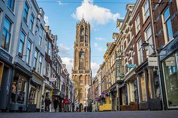 De Domtoren met de Zadelstraat in Utrecht