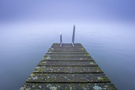 Mist steiger (II) van Marc Broekman