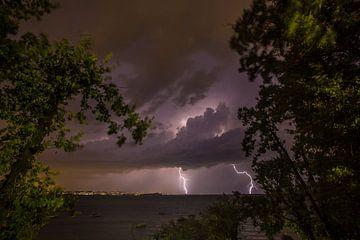 Onweer aan het Gardameer, Italië van