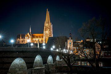 Regensburg Steinernen Brücke am Abend mit Dom von Thilo Wagner