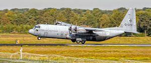 """KLu Hercules transportvliegtuig G-273 """"Ben Swagerman"""" van"""