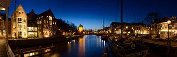 De Thorbeckegracht in Zwolle in de avond van Sjoerd van der Wal