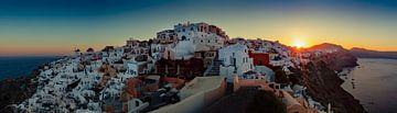 Panorama van Santorini sur Roy Poots