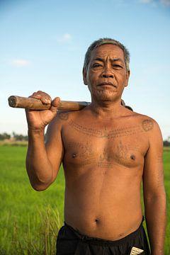 Cambodjaanse rijstboer in zijn veld van Frank Alberti