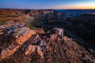 Zonsondergang boven Fish River Canyon, Namibië sur Martijn Smeets
