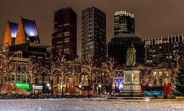 Skyline Den Haag vanaf het plein. van René Rollema
