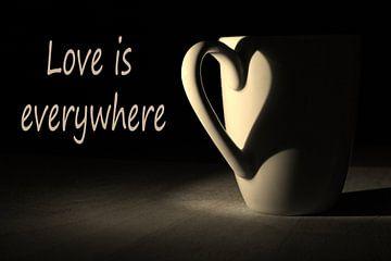 Love is everywhere von Marieke Borst