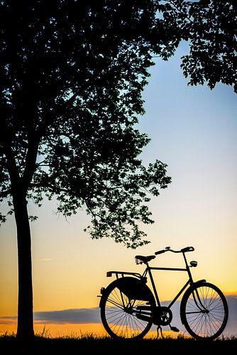 Fiets in de zonsondergang
