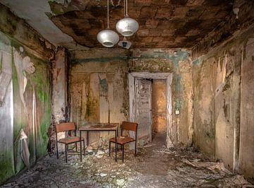 Abandoned hotel van Olivier Van Cauwelaert