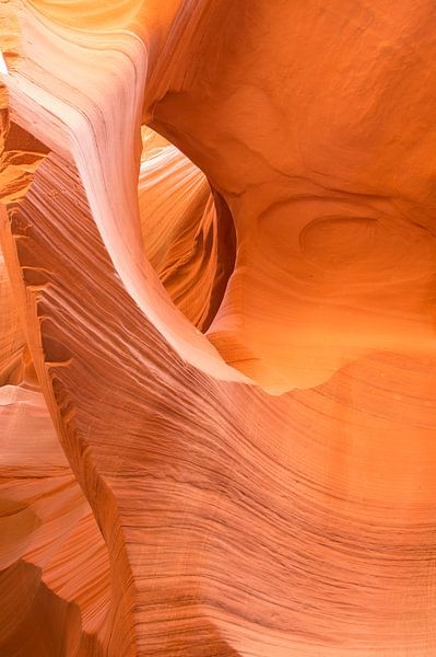 Antelope Lower Canyon 1 - Arizona  - USA van Danny Budts