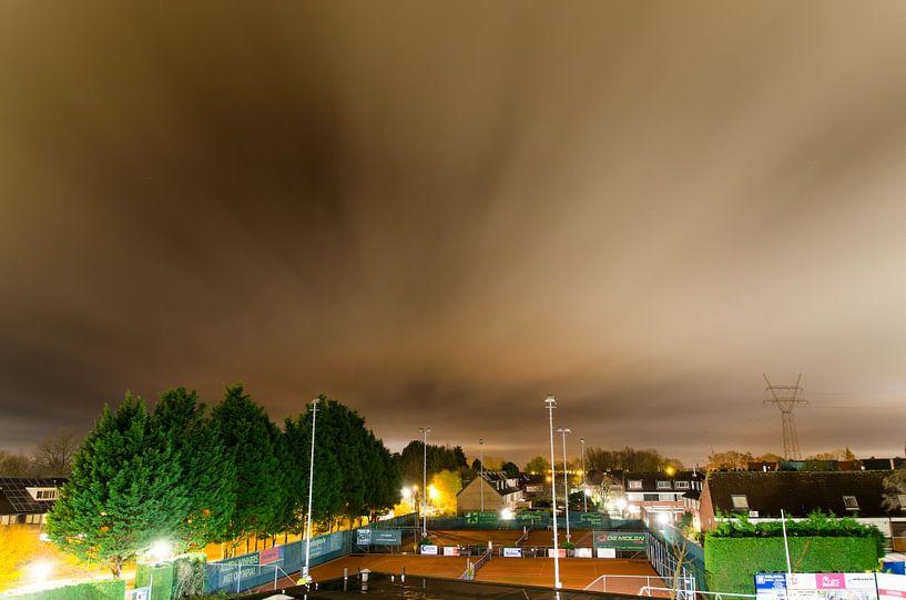 Bewegende wolken van Jeffrey de Graaf
