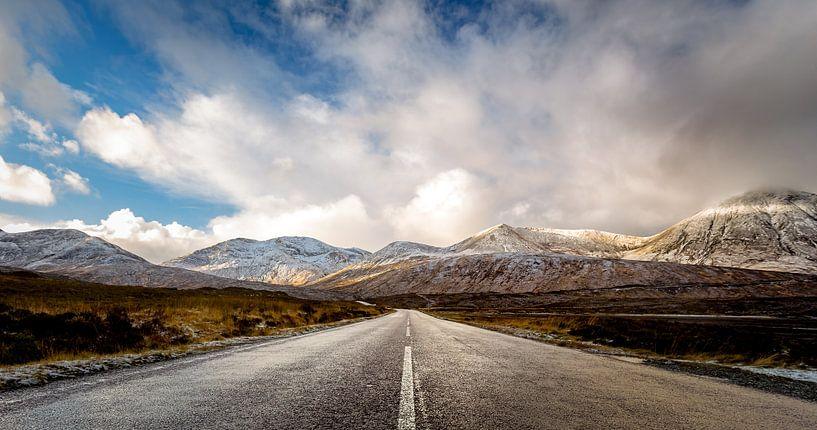 Weg naar de bergen van Martijn van Dellen