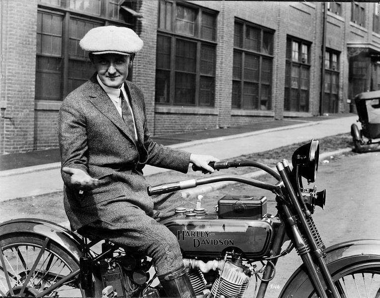 hello man Harley Davidson