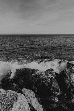 Hoge golven op Ilha do Farol, Algarve Portugal