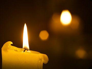 Brennende Kerze von Martijn Wit