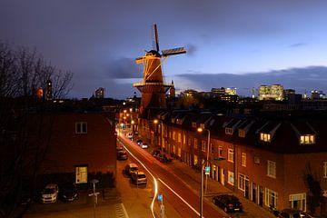 Merelstraat in Utrecht met molen Rijn en Zon sur Donker Utrecht