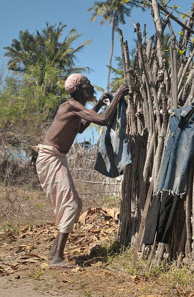 Old Man Washing van BL Photography