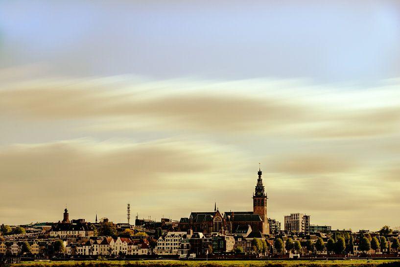Skyline van Nijmegen van Maerten Prins