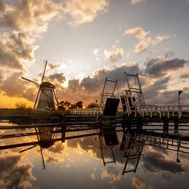 Kinderdijk - Molen - Zonsondergang van Fotografie Ploeg