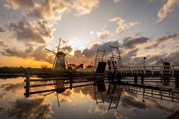 Kinderdijk - Mühle - Sonnenuntergang von Fotografie Ploeg