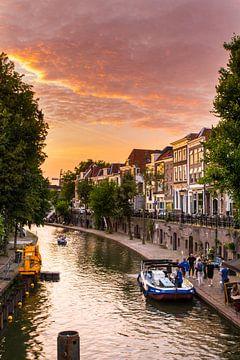 De grachten van Utrecht bij zonsondergang van Wendy Klunder