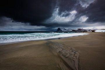 Storm boven de Noorse kust van Marijn Heuts
