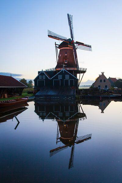 Windmolen De Rat in de stad IJlst in Friesland. Wout Kok One2expose Photography van Wout Kok