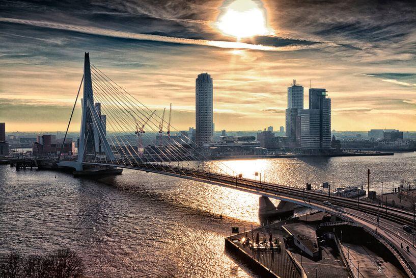 Rotterdam Skyline in the morning van Rob van der Teen