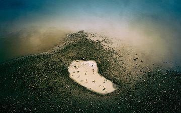 The Rains #06 von Mario van Middendorf
