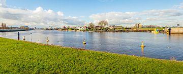 Hollandse IJssel bij Capelle aan den IJssel van Ruud Morijn