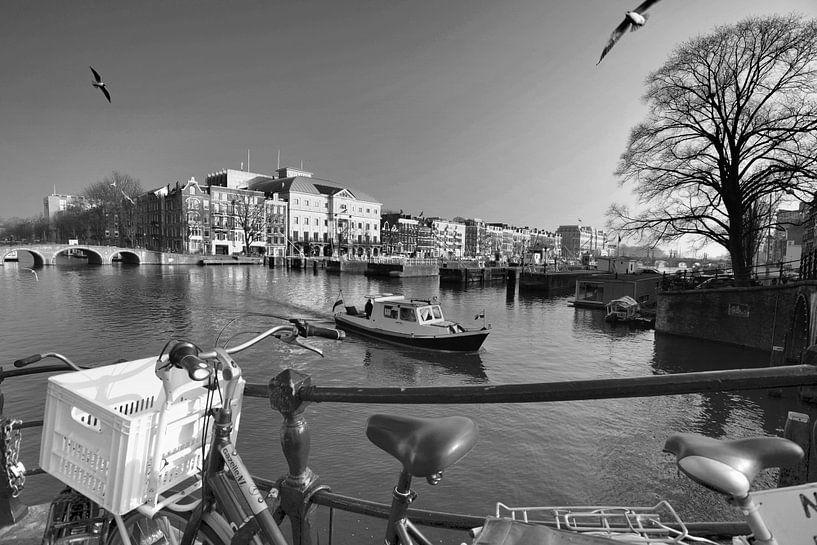 Amsterdamer Möwen (schwarz-weiß) von Rob Blok