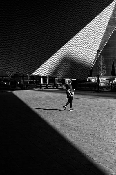 Triangle Station - Rotterdam van Thomas van Galen