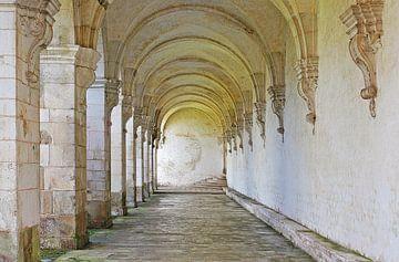 abdij van pontigny van Yvonne Blokland