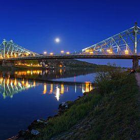 Dresden - Loschwitzer Brücke (Blaues Wunder) zur blauen Stunde von Frank Herrmann