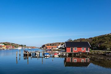 Blick auf den Ort Hamburgsund in Schweden von Rico Ködder