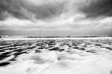 Scheveningen, storm op zee von Marnix Hemmes