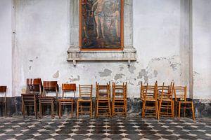 interieur van de Sant'Andrea Kerk in de Italiaanse badplaats Levanto