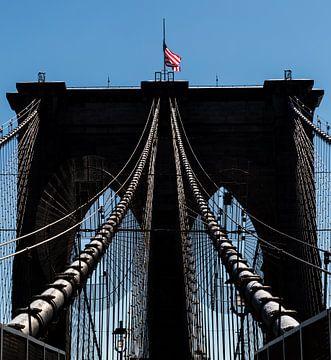 Brooklyn Bridge kabels, New York van Peter Leenen