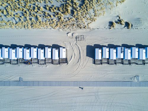 Beach bungalows van