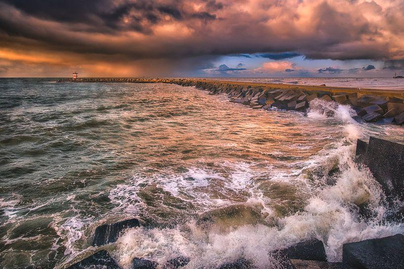Brekende golven van Sander Poppe
