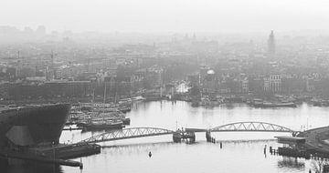 Nemo Science en het Oosterdok, vergezicht over Amsterdam van