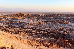 Das Valle de la Luna in Chile bei Sonnenuntergang von WorldWidePhotoWeb