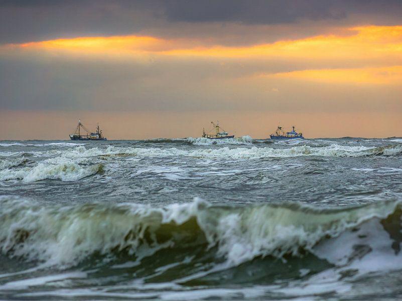 Noordzee met schepen van Dirk van Egmond