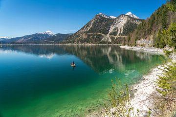 Walchensee in Bayern von Peter Schickert