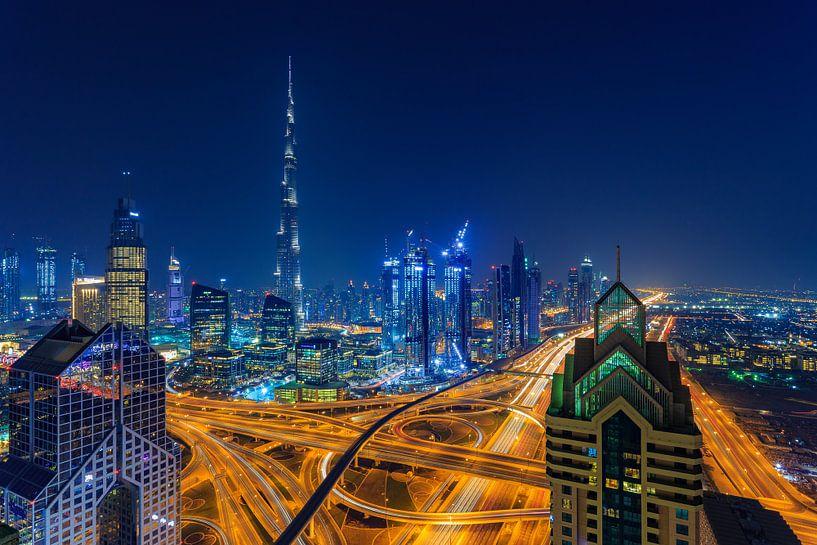 Dubai by Night - Burj Khalifa en Downtown Dubai - 6 van Tux Photography