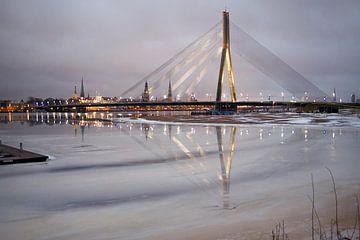 Brug Riga von Jeannine Van den Boer