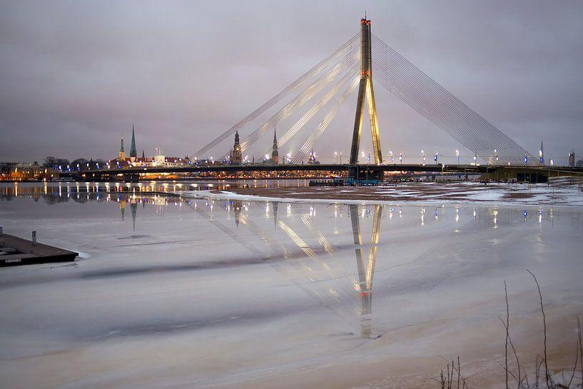 Brug Riga van Jeannine Van den Boer