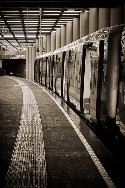 Metro van Rob van der Teen