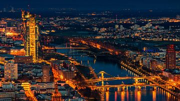 Frankfurt bij nacht van Friedhelm Peters